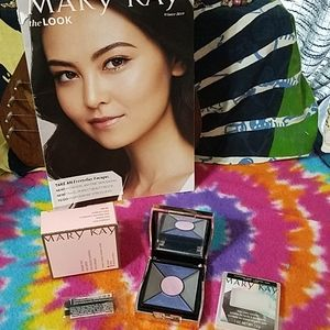 Mary Kay eye color pallet in elegant compact